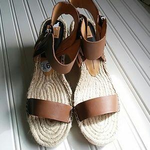 Dolce Vita Wedge Sandal-NEW